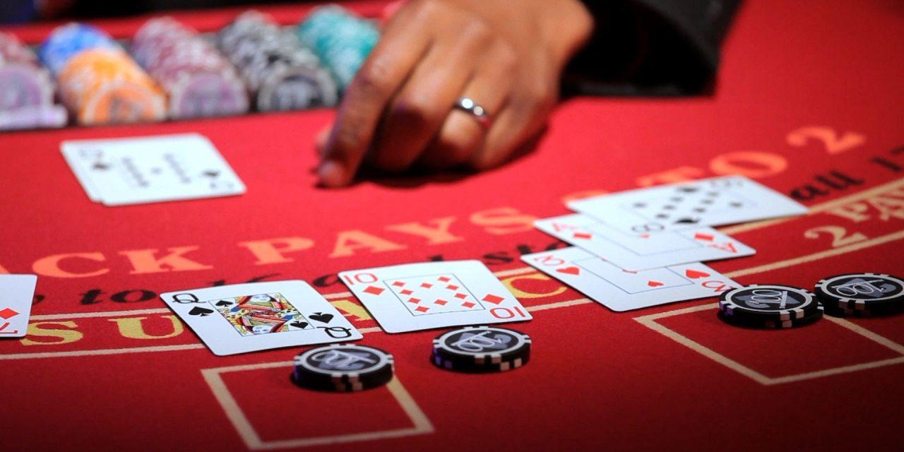 Blackjack : comment avoir la chance d'y gagner ?