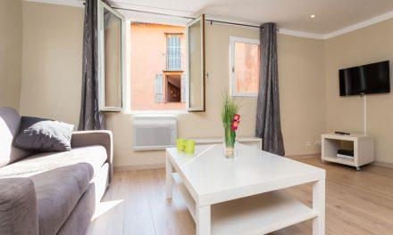 Passer par une agence pour trouver un appartement en location à Nice