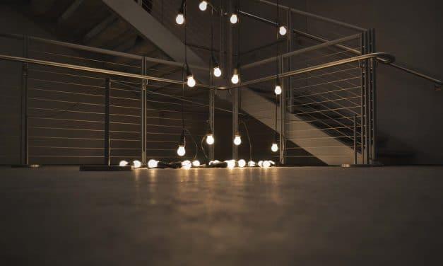 Quelle est la meilleure solution entre guirlande lumineuse extérieure 30m ou 10m ?