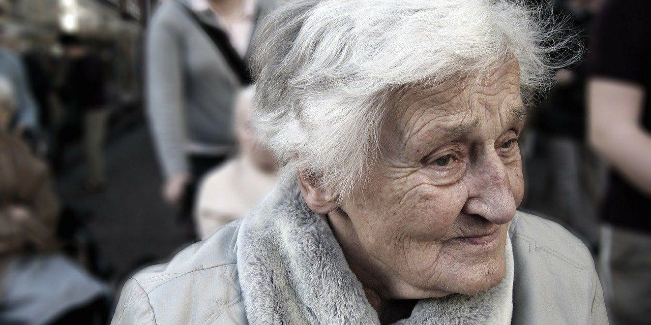 Qui peut bénéficier de la téléassistance pour personne âgée ?