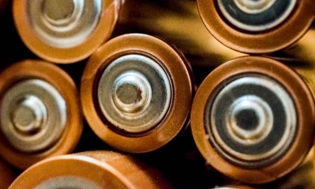 Comment nettoyer l'oxydation et la corrosion des batteries : comment nettoyer l'oxydation de la batterie de voiture ?