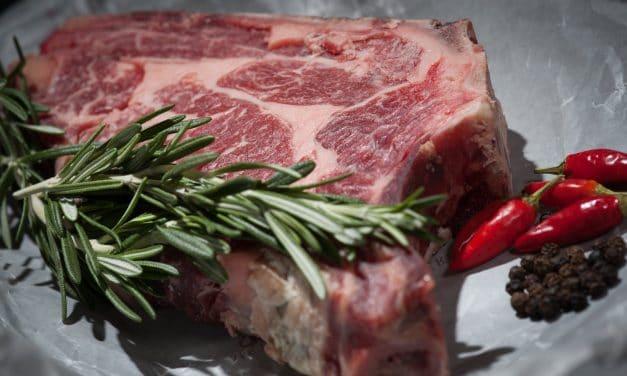 Comment préparer un steak succulent : quelles sont les bonnes démarches ?