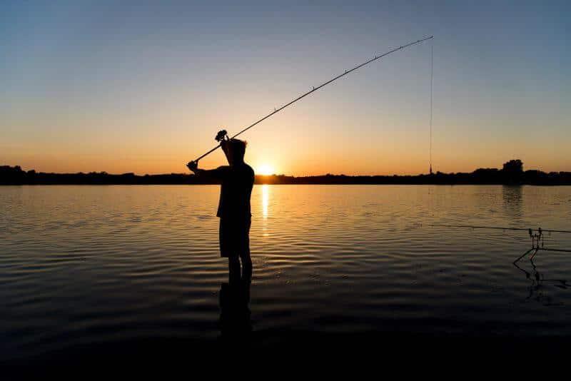 Faut il utiliser une bonnet de pêche pour la pêche à la carpe de nuit ?